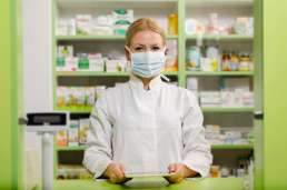 8 Life-Saving Questions You Should Ask Your Pharmacist