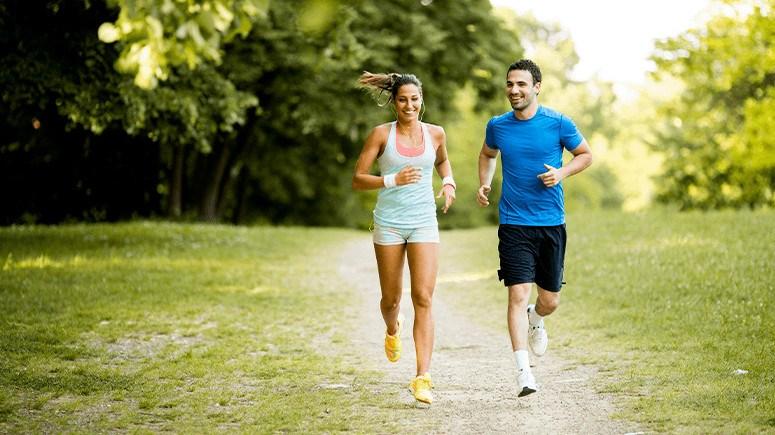 couple-running-1