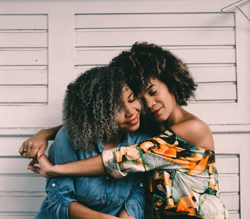 4 Ways to Be There for a Friend During Their Divorce 1