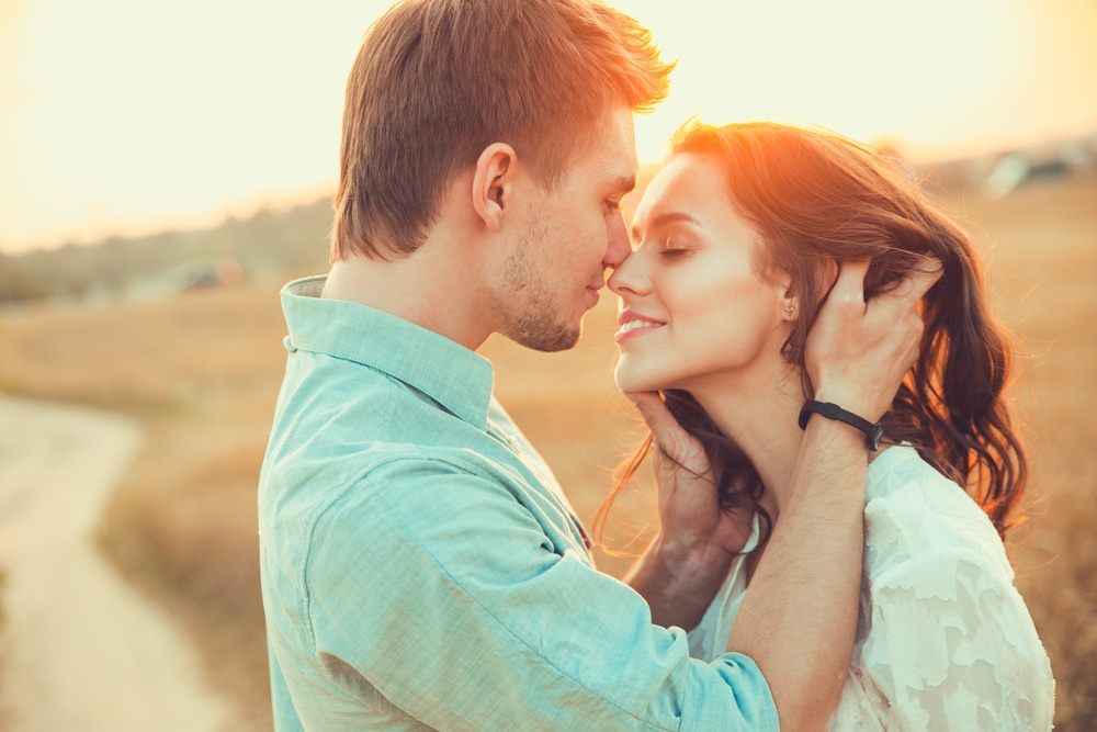 9 Crazy Ways Kissing Can Improve Your Health and Change Your Life 2
