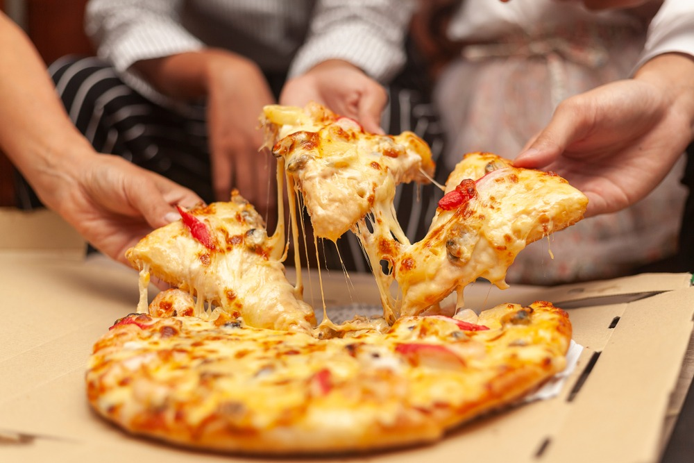 7 Simple Ways to Make Your Favorite Pizza Healthier 1