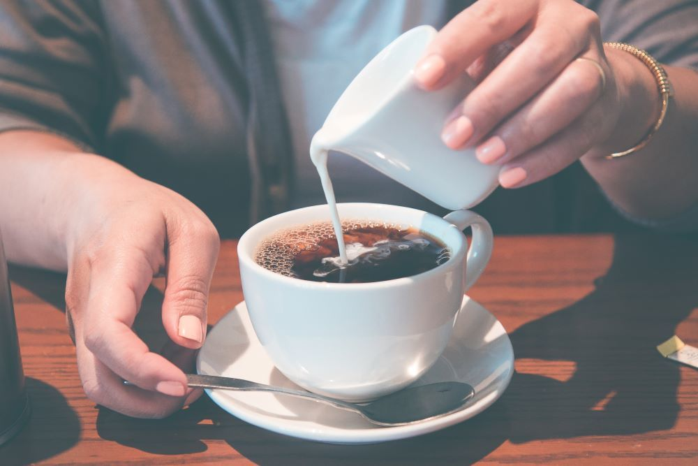 7 Popular But Unhealthy Things You Should Never Put In Your Coffee 1