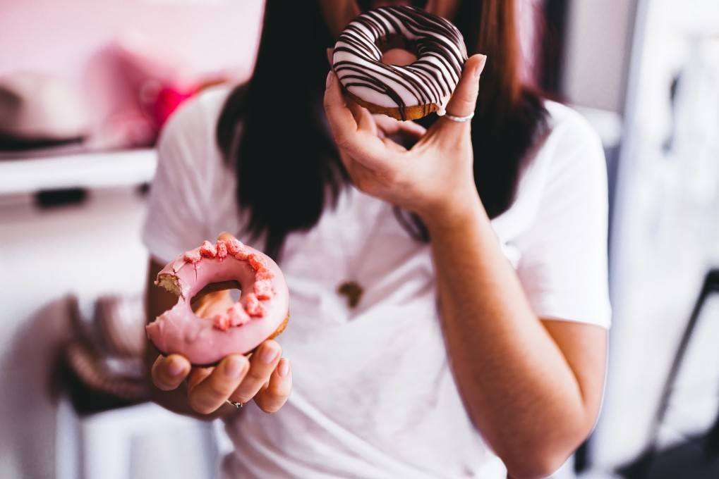 20 'Innocent' Habits That Might Give You Cancer (Expert-Verified) 1