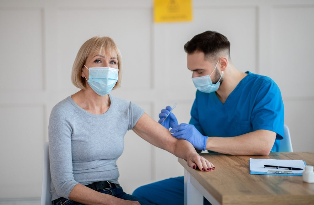 Blood Clots After COVID Vaccine? This Is Who Is More Likely To Get Them 1